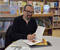 Author/Illustrator Visits Lakeside for PARP Week photo thumbnail113040